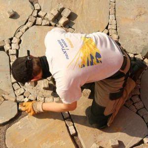 Sandsteinplatten.